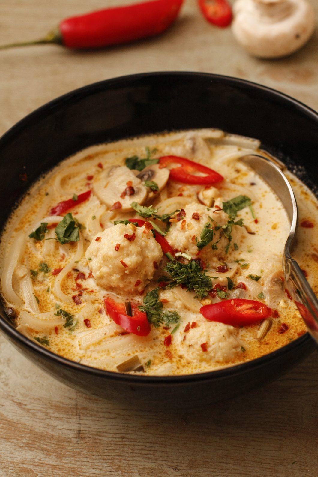 zivju-zupa-ar-kokosriekstu-pienu