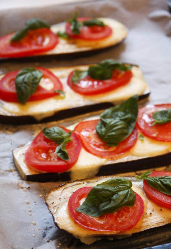 baklazans-ar-tomatiem-mozarellu