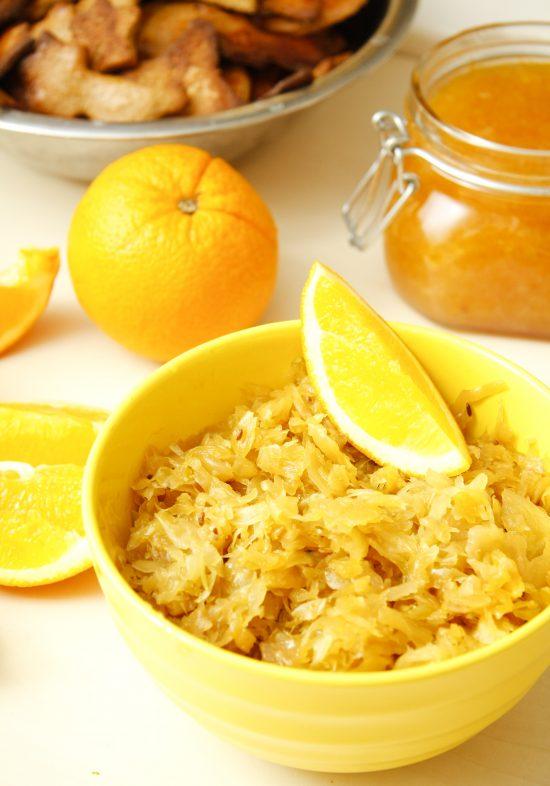 sauteti-kaposti-apelsinos