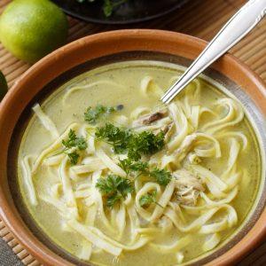 pikanta-nudelu-zupa