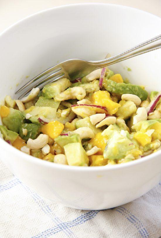 avokado-mango-salati