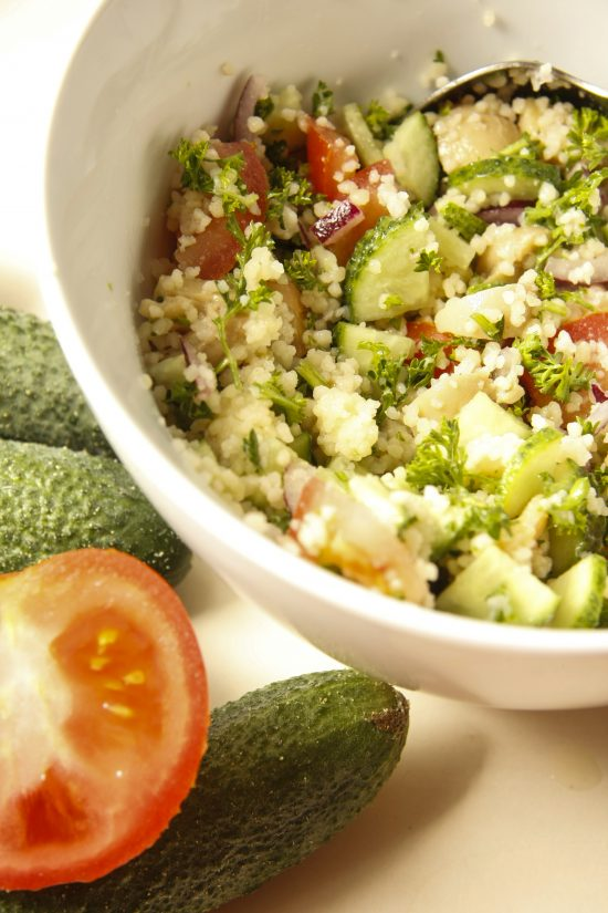 kuskusa-salati-ar-darzeniem