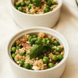 kvinojas-salati-ar-zirnisiem
